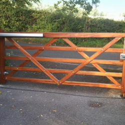 field gate (Custom)